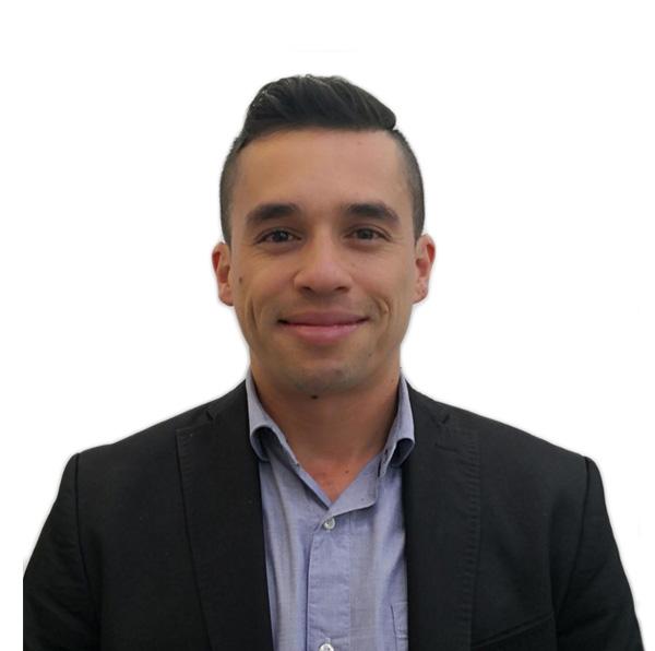 Daniel Hernandez - Director Administrativo 5