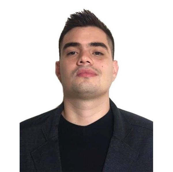 Juan Fernando Henao - Asesor Comercial 12